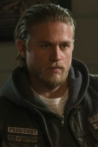 soa_darthy_hunnam_tall