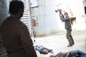 The-Walking-Dead-Season-3-Episode-13-Arrow-on-the-Doorpost