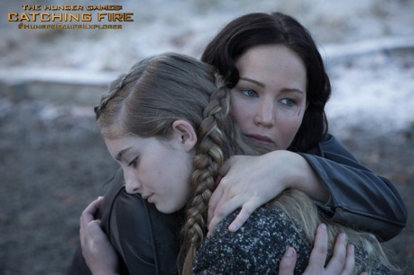 catching-fire-still-katniss-prim